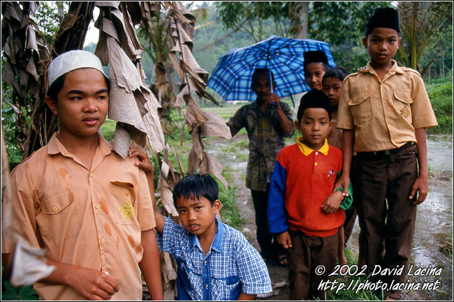 Children In Sianok Valley - Minangkabau, Indonesia