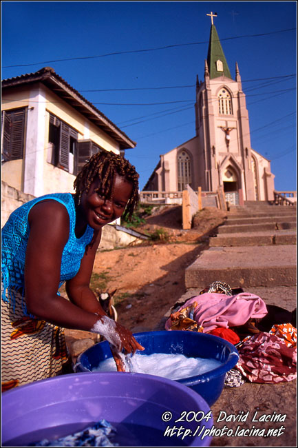 Washing With Smile - Cape Coast, Ghana