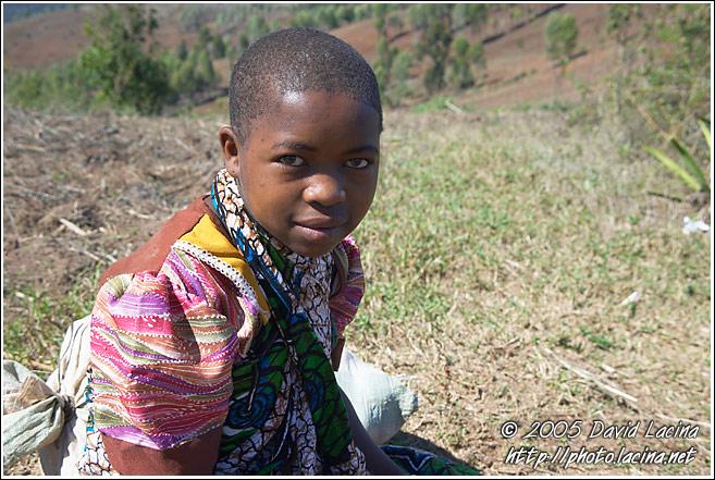 Tanzania - Congo - FM Academia - Dancing Girls - Flora - Sitaisau Sebene. sexy girl