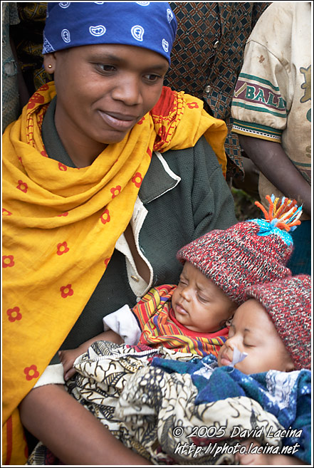 Mother With Kids - People Of Usambara Mountains, Tanzania