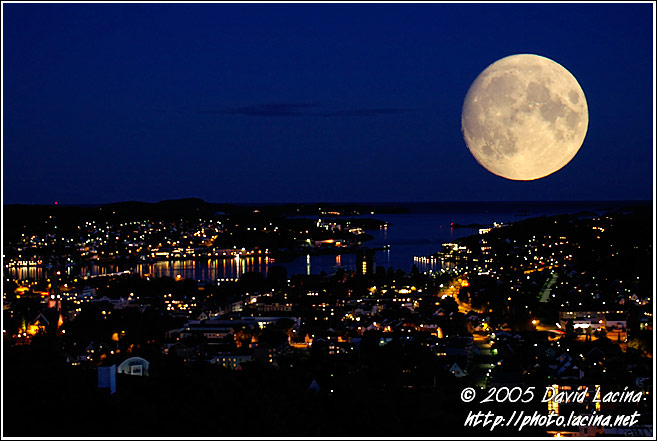 Moon Over Sandefjord Harbour - Best of 2005, Norway