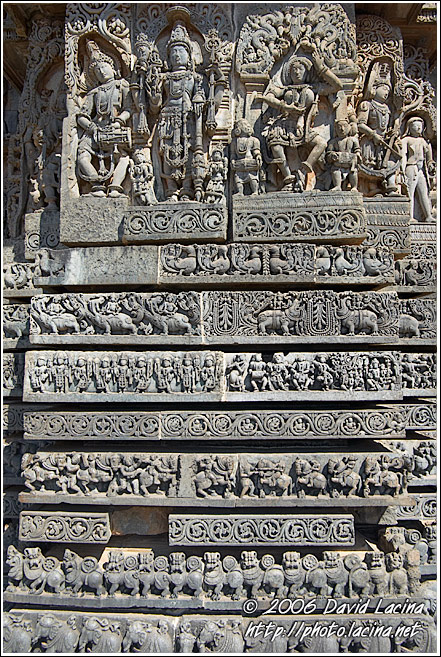 Stunning Carving Of Hoysaleswara Temple - Belur And Halebid, India