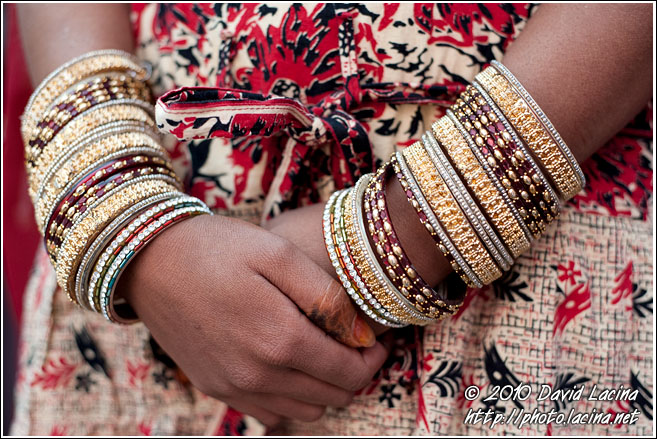 Wedding Bracelets - Jaipur slum dwellers, India