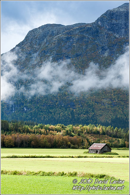 Hut By Mountains - Best Of 2010, Norway