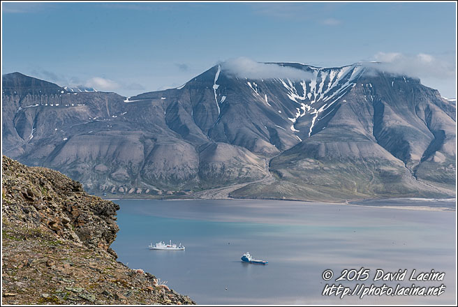 Hiorthfjellet And Adventfjorden - Svalbard, Norway