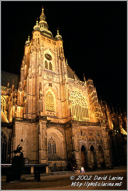 Saint Vitus's Cathedral - Prague, Czech republic