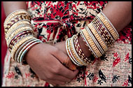 Wedding Bracelets, Jaipur slum dwellers, India